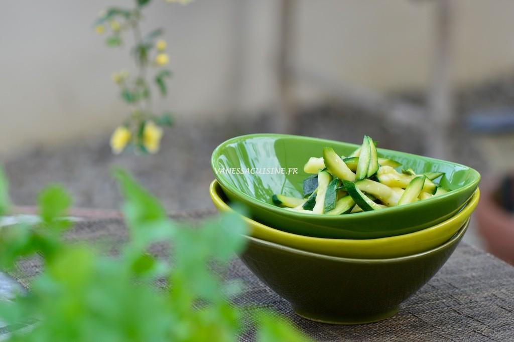 Courgettes à la vapeur douce et au nuoc man - Steamed zucchinis and fish sauce - Le Vitaliseur - Vanessa Romano photographe et styliste culinaire (2)