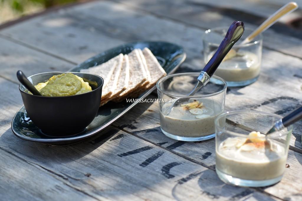Velouté d'aubergine aux amandes et confit d'oignon et aubergines au curry - Eggplants cream with almond milk - Vanessa Romano photographe et styliste culinaire