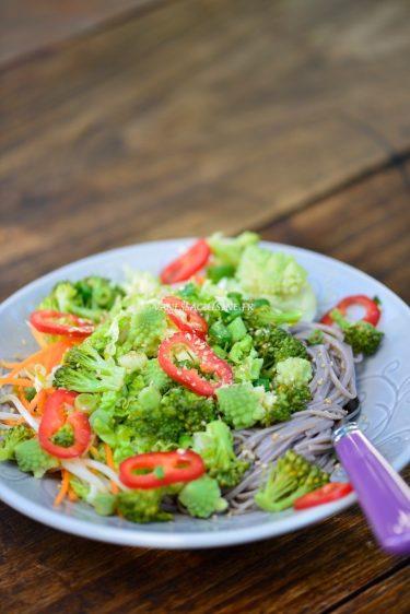 recette de nouilles au sarrasin et légumes
