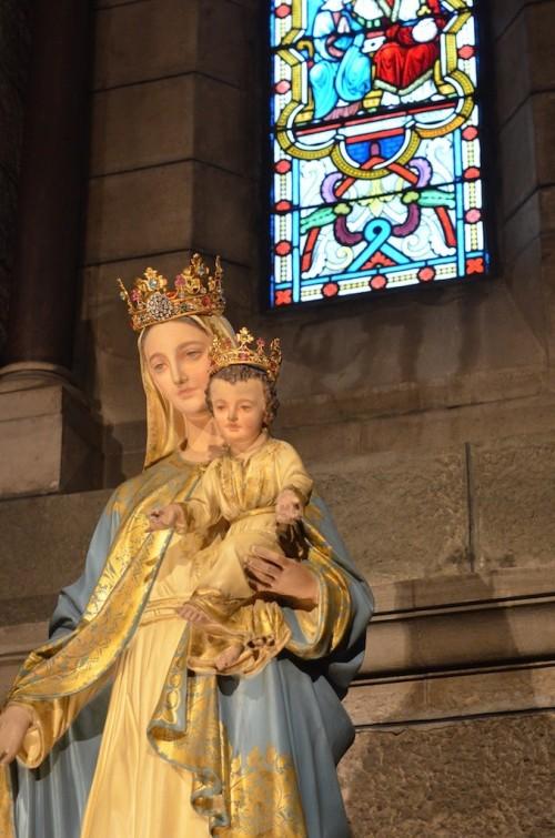 Statue de la vierge à Notre Dame Immaculée à Monaco