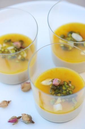 Moulhabi à la rose et à la fleur d'oranger (sans laitage) - Rose and Orange blossom Moullahbi (dairy free) - Vanessa Romano - photographe et styliste culinaire
