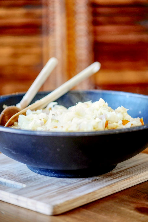 Wok de chou de Pâques aux noix de pétoncles