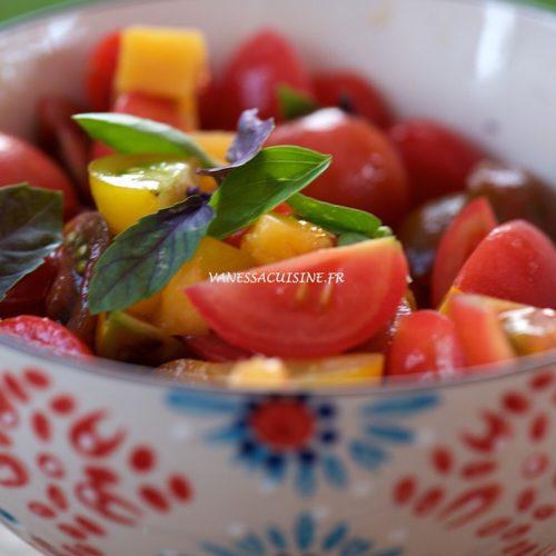 recette de salade de tomates cerises et pêches jaunes