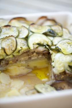 recette de tian d'aubergines, courgettes et pommes de terre