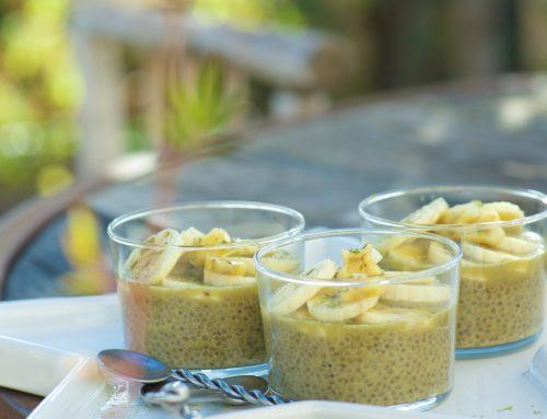 Pudding aux graines de chia, thé vert Matcha et bananes