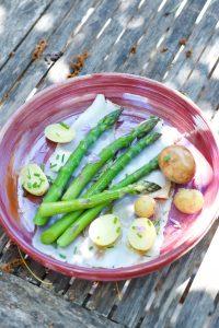 recette d'asperges vertes, pommes grenailles et lard de Colonnata