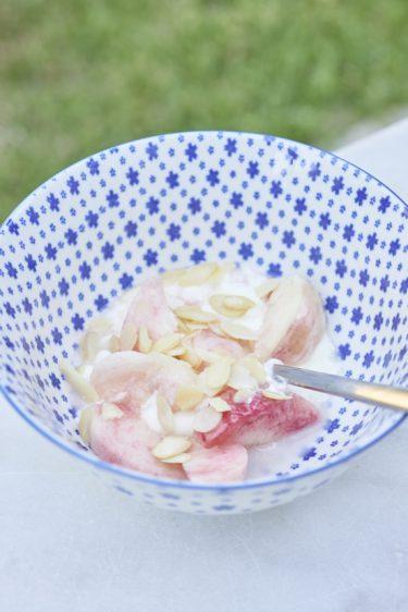 recette de petit déjeuner blanc et rose