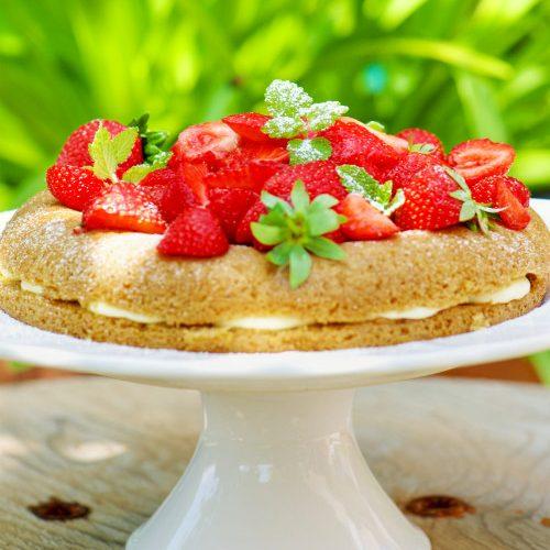 recette de victoria sponge cake aux fraises