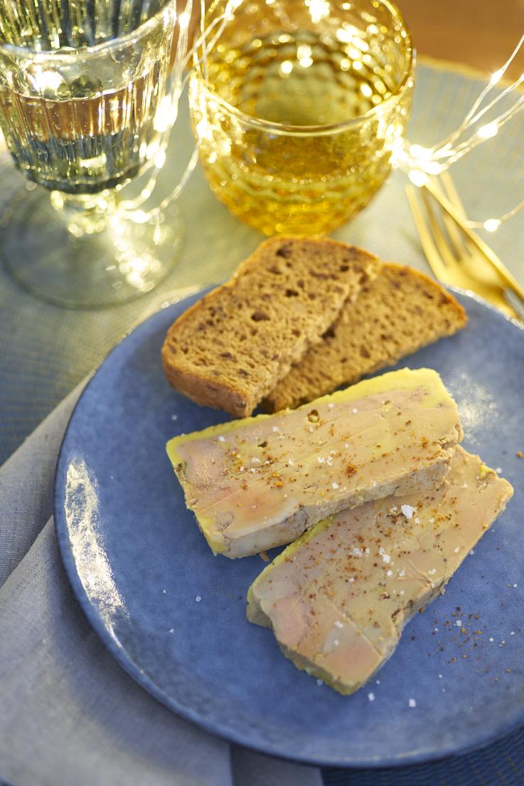 Terrine de foie gras au piment d 39 espelette recette simple - Preparation du foie gras ...