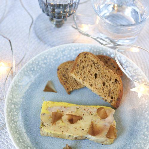 recette de foie gras en terrine et copeaux d'épices