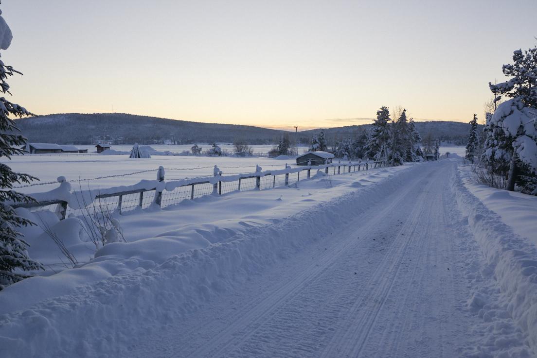 Journée ensoleillée à Jukkasjarvi