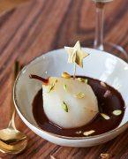 recette de poire pochée, sauce chocolat