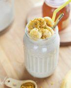 smoothie à la banane et au pollen frais