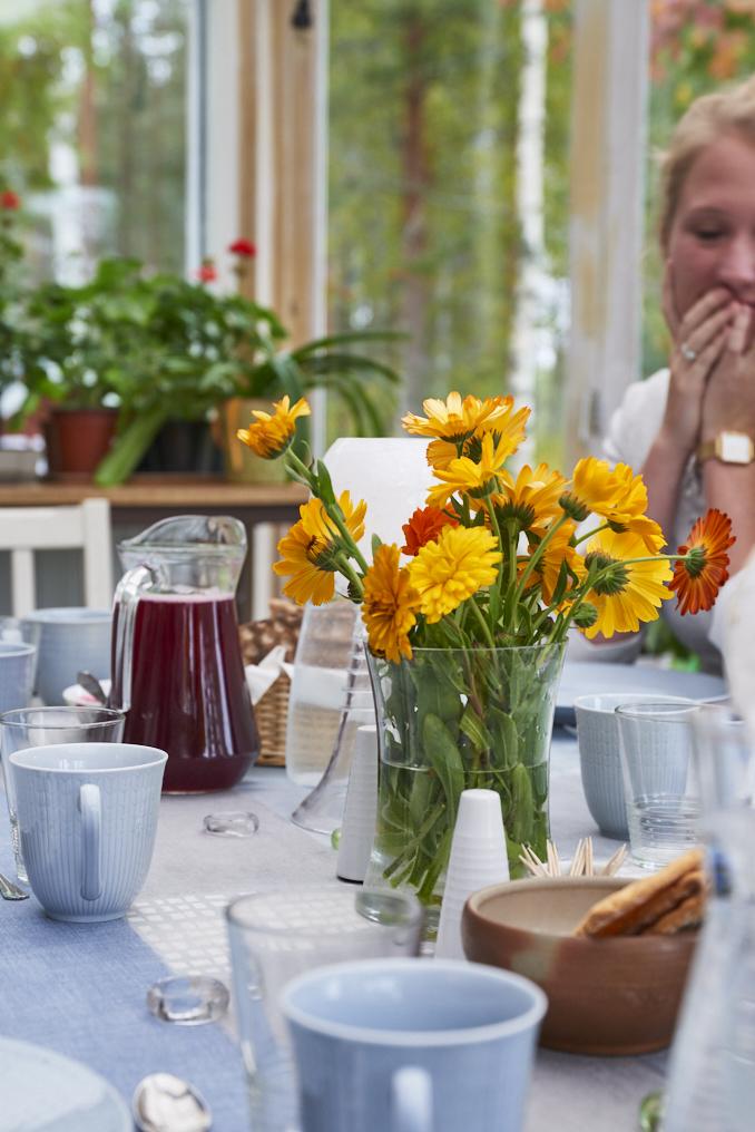 table dejeuner stormyrberget pho1637