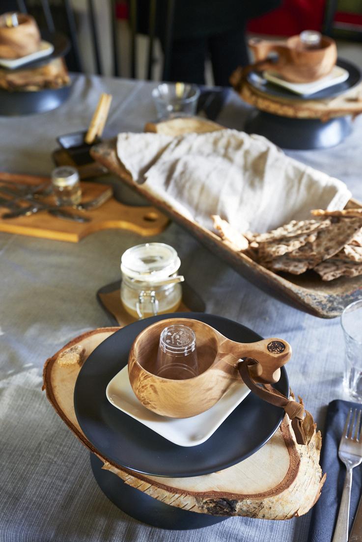 Détail de la table degustation des produits locaux Utblick