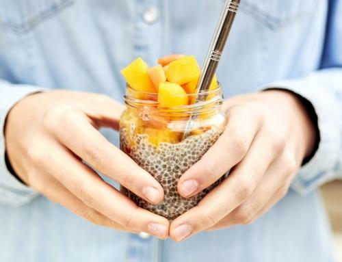 Chia pudding à la mangue et à la papaye