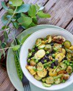 recette de nouilles de riz noir et légumes de printemps