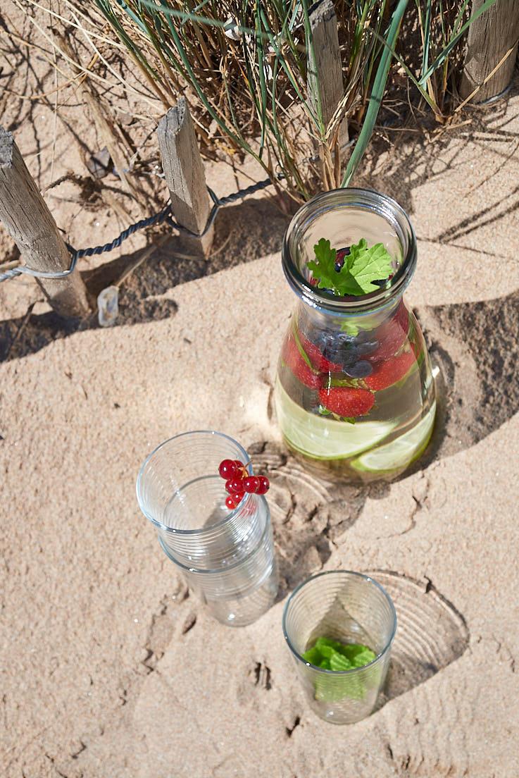 recette d'infusion glacée aux fruits rouges et aux herbes