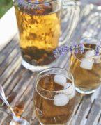 recette de thé glacé à la lavande et à la myrtille