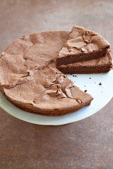 recette de gâteau au chocolat un peu meringué
