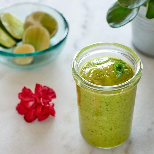 recette de smoothie vert à la mangue