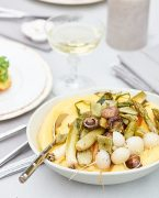recette de polenta crémeuse aux légumes de printemps grillés