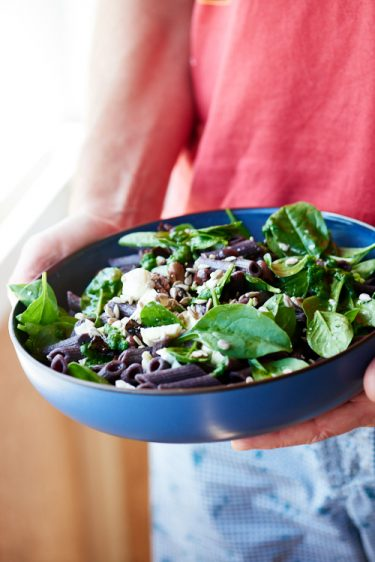 recette de salade de penne, épinards et féta