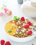 recette de smoothie bowl à la mangue