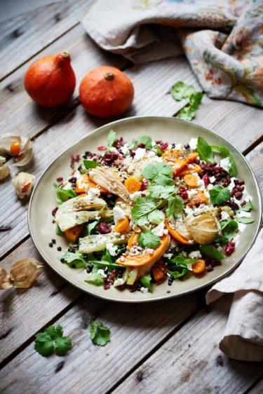 recette de salade d'automne à la courge butternut et fenouil rôtis