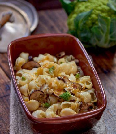 recette de Gratin de pâtes aux champignons et à la crème