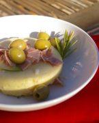 recette de polenta moelleuse, olives et jambon