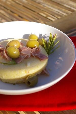 polenta moelleuse olives jambon