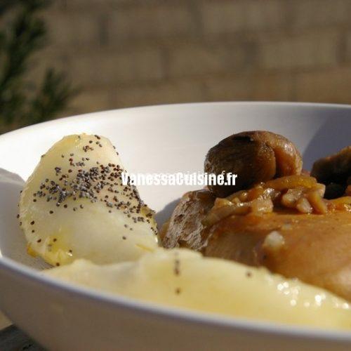 Blanc de poulet laqué, marrons et poires caramélisées