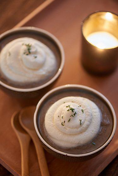 recette de Cappuccino de lentilles vertes et chantilly au chèvre