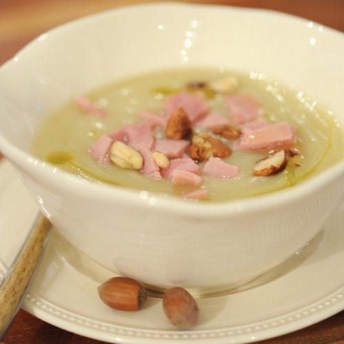 recette de Velouté de panais au jambon et noisettes