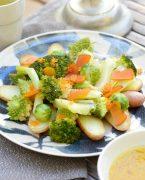 recette de salade de chou romanesco et pomme de terre à la poutargue et oeufs de truite, vinaigrette au safran