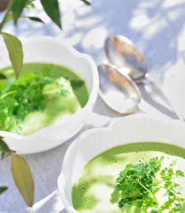 recette de Crème de petit pois aux épices et lait de coco