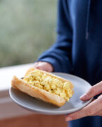 recette de Eggs and curry sandwiches