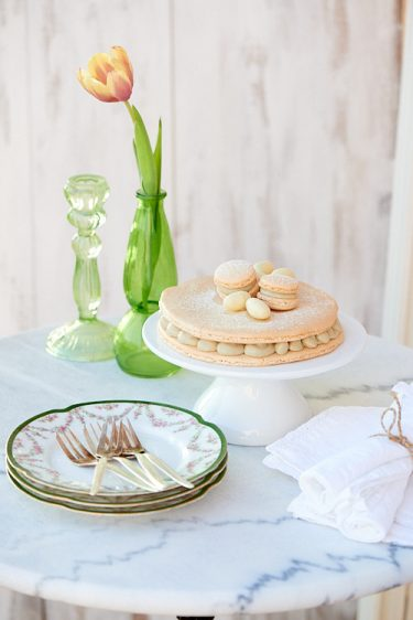 recette d'un Gros macaron au chocolat blanc et thé matcha