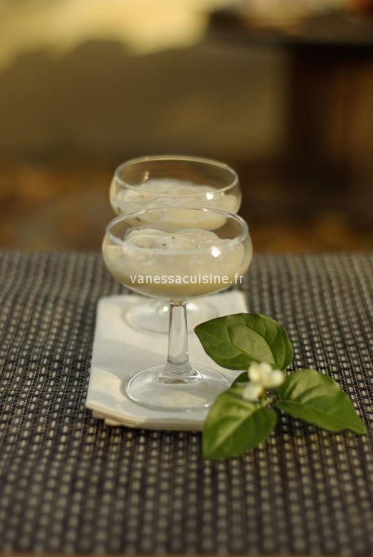 recette de Crème de soja à la vanille et ylang ylang, fève tonka