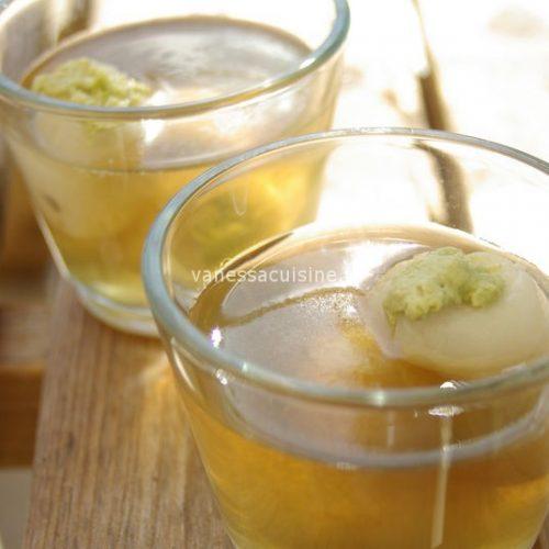 recette de Gelée de citronnelle aux litchis fourrés de crème coco matcha