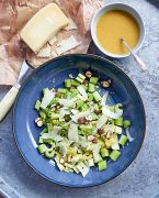 recette de Salade de céleri au Pecorino, vinaigrette au miel